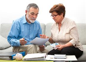כיצד מונעים הקפאת חשבון בנק משותף לאחר פטירה של אחד השותפים?
