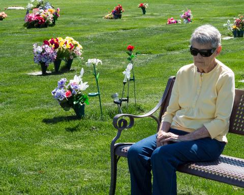 שני קשישים תבעו מהמדינה עשרות אלפי שקלים עבור קבורת יקיריהם
